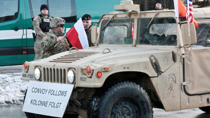 Amerykańska Armia w Polsce, Premier Szydło oddaje niepodległość Polski obcym
