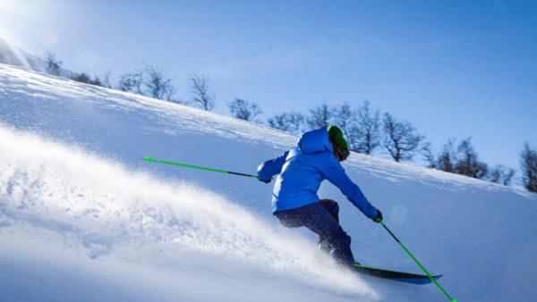 Jak zostać królem stoku narciarskiego? Poradnik dla początkujących