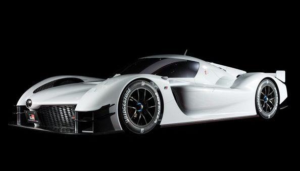 GR Super Sport Concept w strefie kibica Toyoty na wyścigu Le Mans 24h