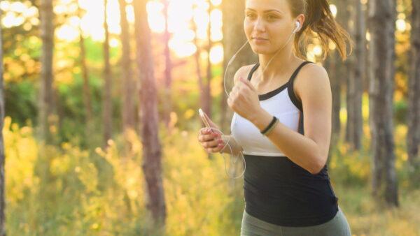 Jaki strój do biegania dla kobiety?